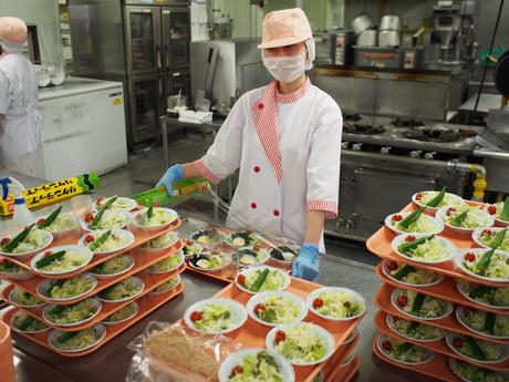 ヤマザキ 神戸食堂