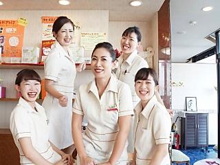 ラ セーヌ 新居浜店 (株式会社アダムス医療)