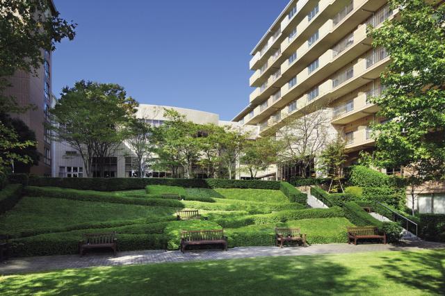 サンシティ神奈川 ㈱ハーフ・センチュリー・モアが運営する介護付シニア高級マンション