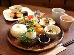 Mogu-Mogu Cafe'