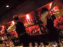 Bar&Dining dos(ディーオーエス)