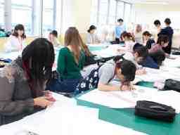 学校法人国際総合学園 国際トータルファッション専門学校