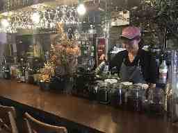 FOREVER CAFE&OYSTER BAR