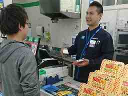 ファミリーマート 東札幌6条店