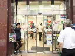 セブンイレブン 新橋SL広場前店