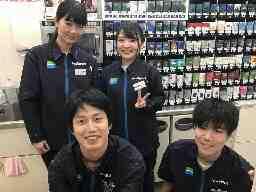 ファミリーマート FUNDES神保町店