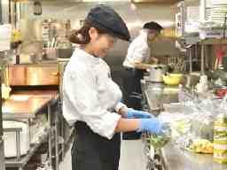 株式会社すかいらーくホールディングス New Open むさしの森Diner 新宿中央公園店<198279>