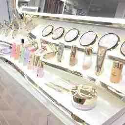 うつみ化粧品店