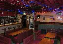Lady's Pub Alpha