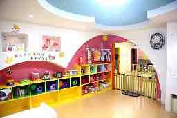 有限会社丸新玩具 おもちゃ屋さんの保育園