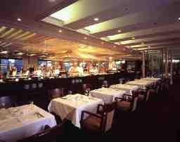 帝国ホテル東京(レストラン バイキング サール)※泊まり勤務あり・夜勤なし