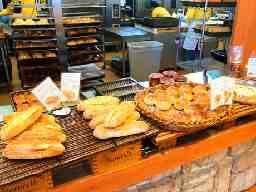 スペイン石窯パン酵母はちの子 春江店