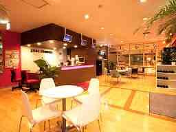 ジールスタジオのフロント業務 ジールスタジオ横浜校 ジールスタジオのフロント業務 ジールスタジオ横浜校