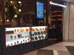MoMoChi CAFE &DINING店