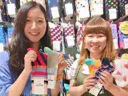 Happy Socks 三井アウトレットパーク横浜ベイサイド店