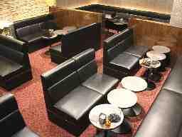Lounge瑠璃